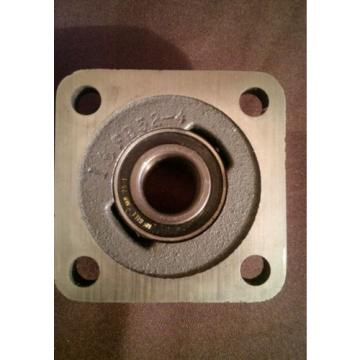 "FB250-1 Flange Hub Bearing 1"" Mcgill MB25-1"