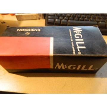 MCGILL CF-1-5/8-S CAMFOLLOWER LOT OF 10 BRAND NEW IN BOX
