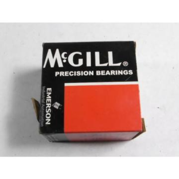 McGill CYR-2-3/4-S Flat Yoke Roller ! NEW !