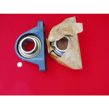 """Tapered Roller Bearings 2  558TQO736A-1  Two RHP England Brand NP2.1/4 or 2-1/4"""" Mounted Pillow Block Bearing assembly"""