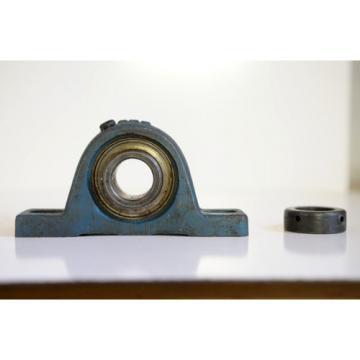 """Industrial Plain Bearing 2  M280049D/M280010/M280010D  New RHP SL3  Pillow Block Bearing 15/16"""" bore"""