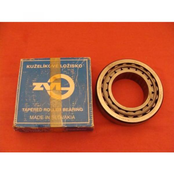 NEW OLD STOCK  ZVL TAPERED ROLLER BEARING 32213A 65MM X120MM X34MM