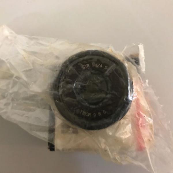 NIB McGill CYR 1 1/4 S Cam Yoke Roller