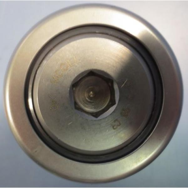 """McGill Cam Follower Bearing Model CF 2 SB CR 2"""" Diameter 1-1/4"""" Width NIB"""