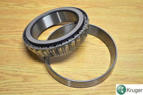 SKF Tapered roller bearing 32028X 210 x 140 x 45 mm brand new in box